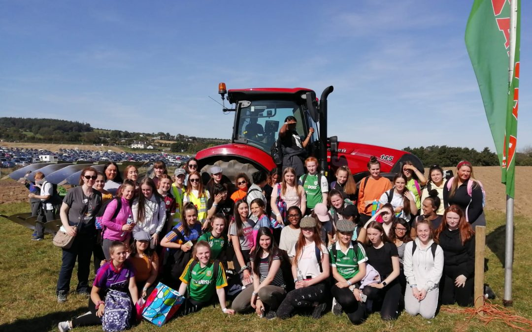 TY and 5th Year Students attend Ploughing Championships